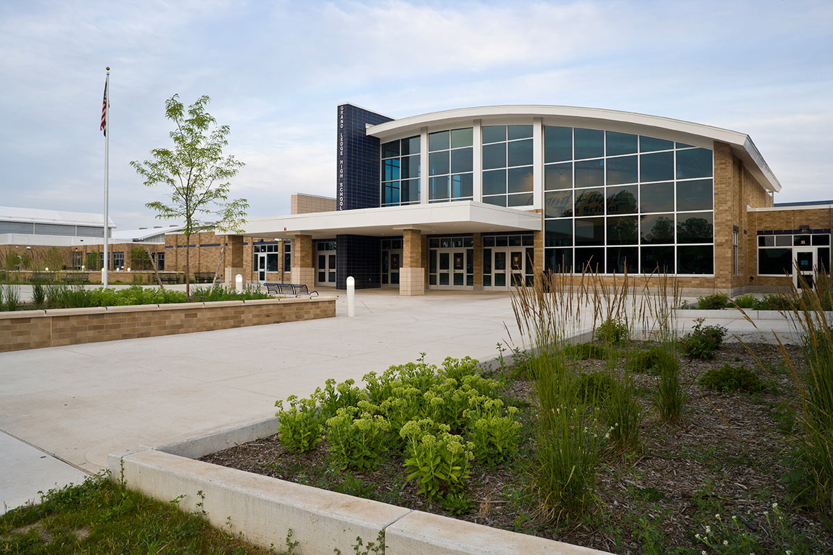 Grand Ledge Public Schools 0003